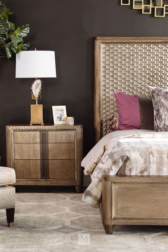 "28"" Casual Three-Drawer Nightstand in Warm Kona"