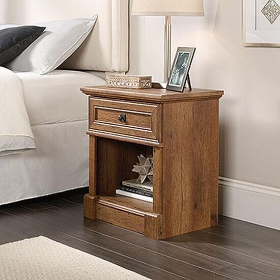 "25"" Casual Nightstand in Vintage Oak"