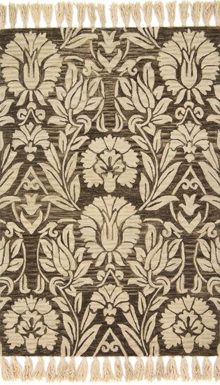 """Traditional 2'-3""""x3'-9"""" Rug in Charcoal"""