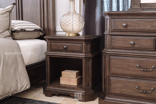 30'' One-Drawer Traditional Nightstand in Truffle