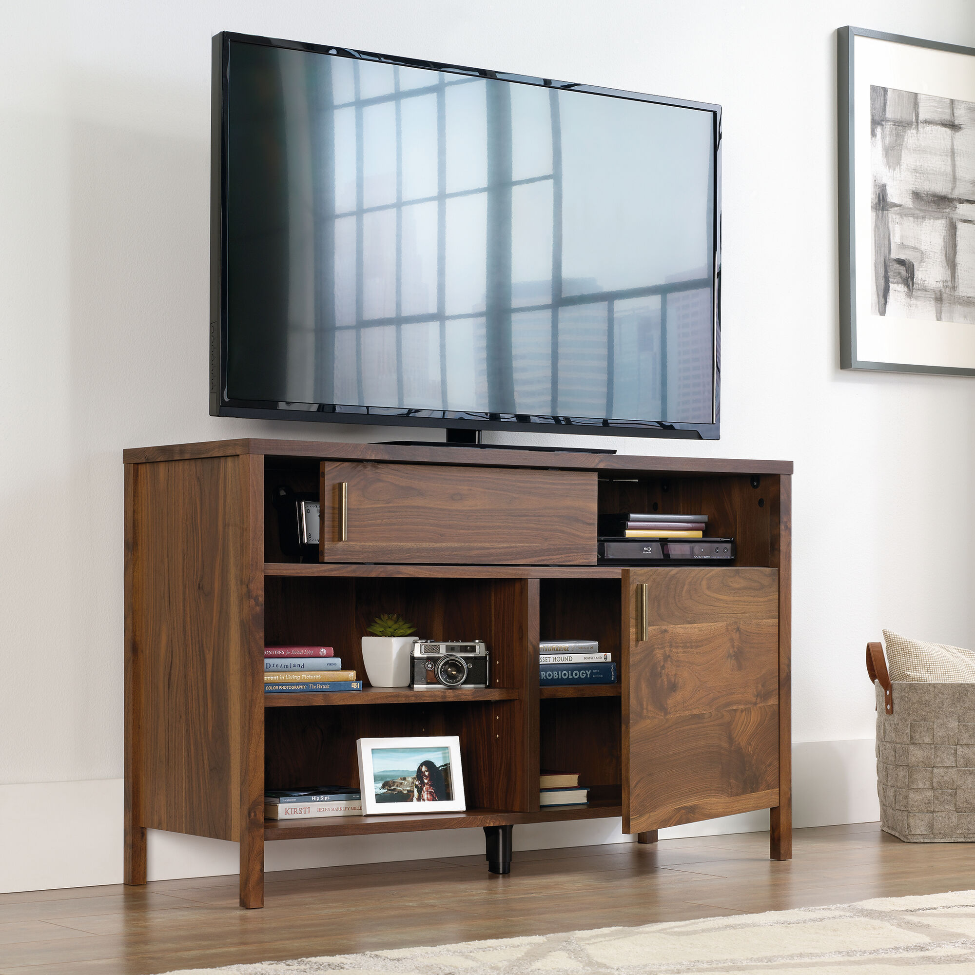 Traditional Sliding Panel Tv Stand In Grand Walnut Mathis