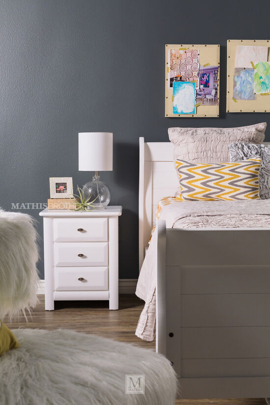 Trendwood Laguna White Twin Sleigh Bed