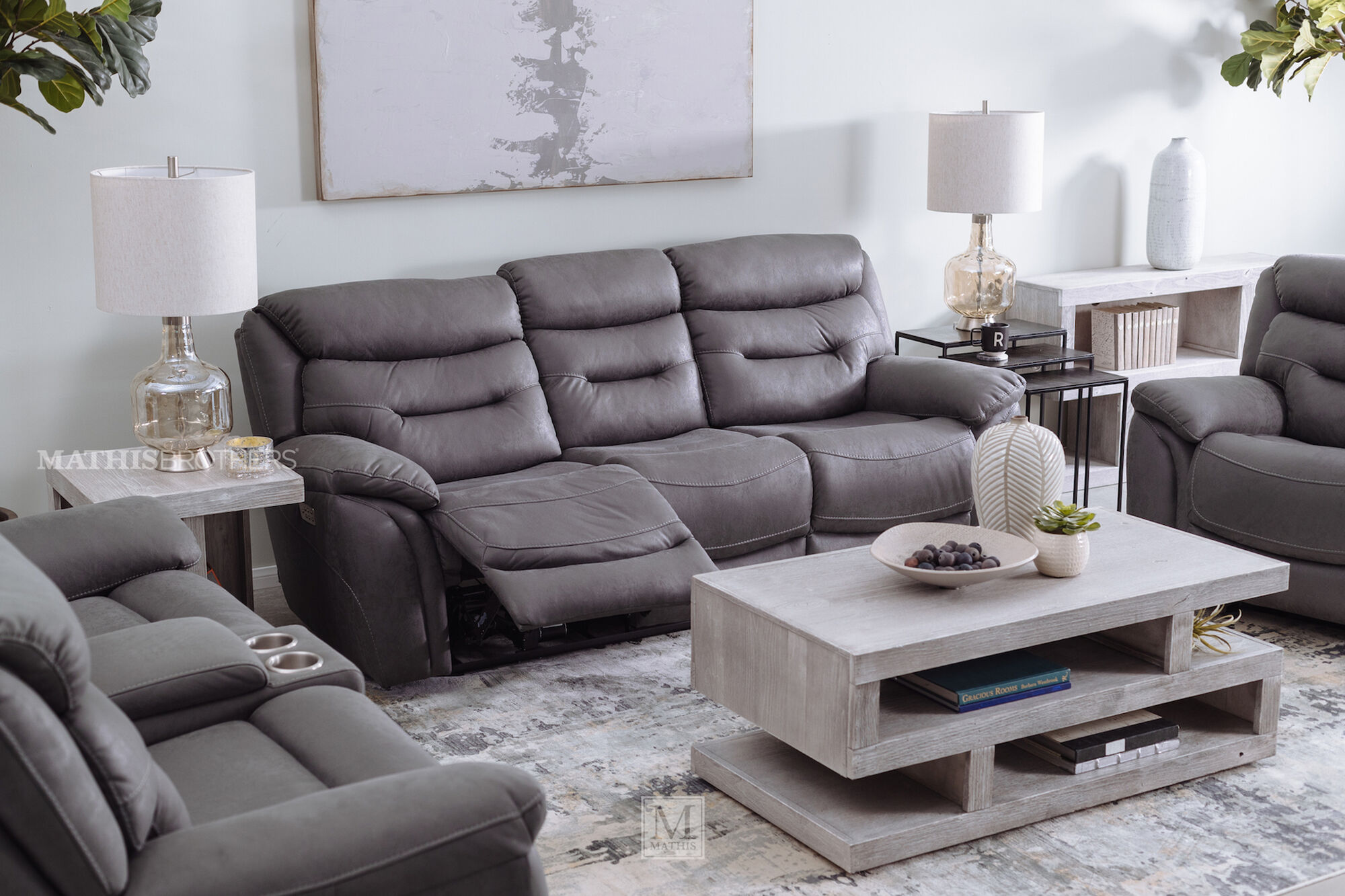 Casual 90 Quot Power Reclining Sofa In Gray Mathis Brothers