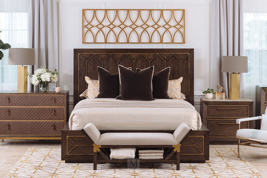 "64"" Traditional Panel King Bed in Brown"