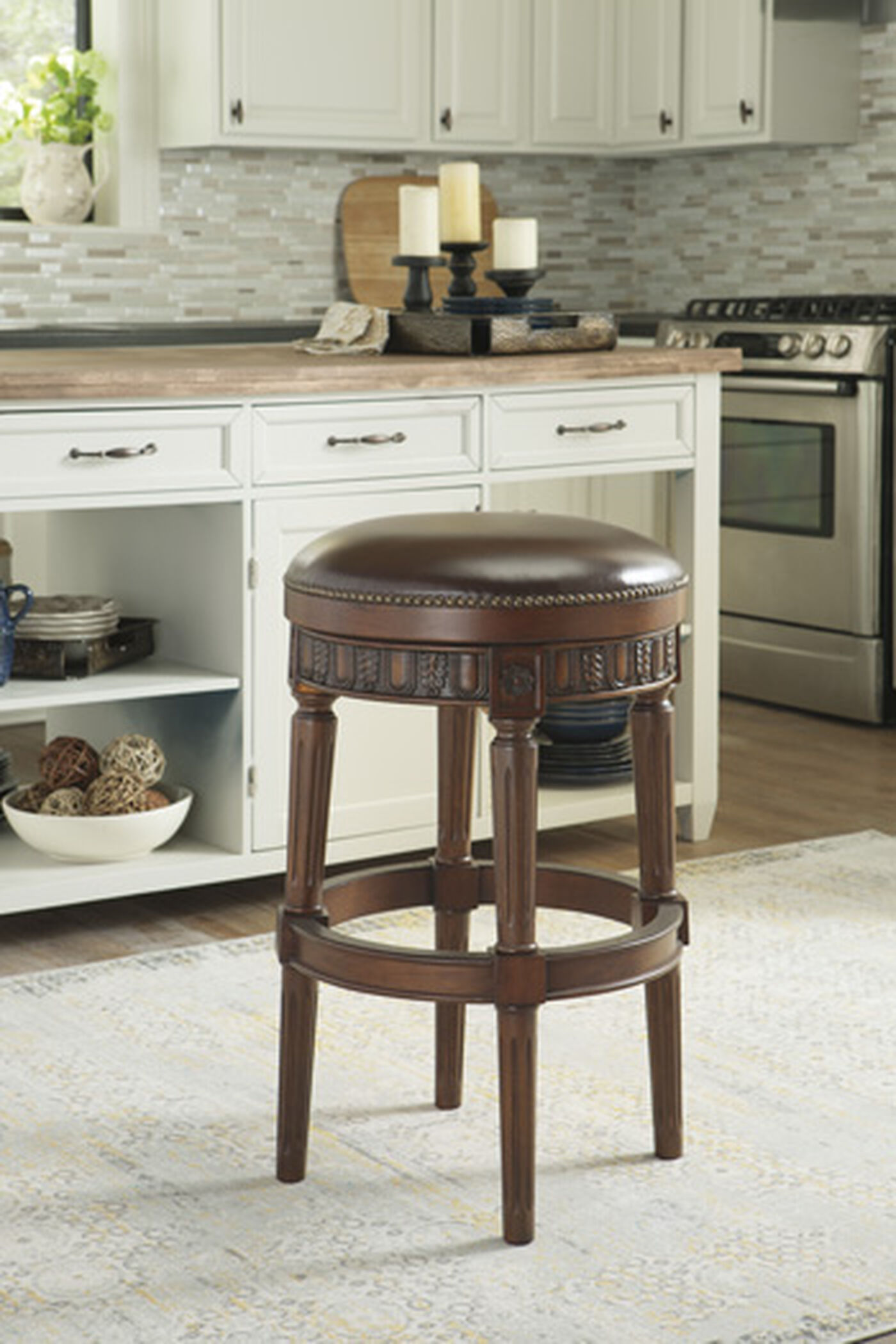 Backless 31 Quot Swivel Bar Stool In Dark Brown Mathis