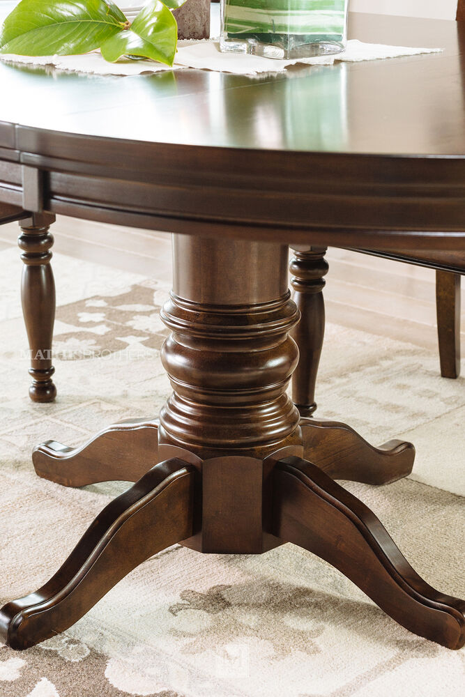 Brown Traditional 5 Piece Round Dining Set Cally: Five-Piece Traditional Round Extension 48'' To 72'' Dining