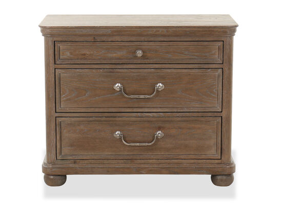 """30"""" Traditional Three-Drawer Bachelor's Chest in Brown"""