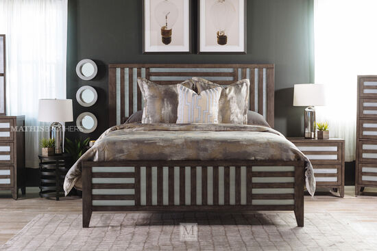 lattice framed queen bed in driftwood