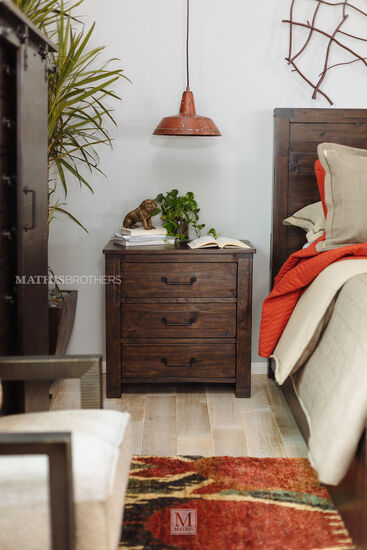 "30"" Transitional Three-Drawer Nightstand in Rustic Pine"