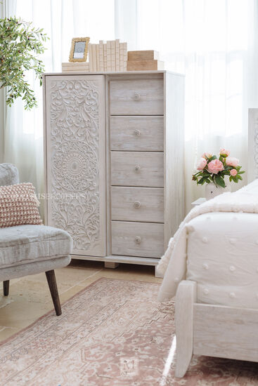Five-Drawer Traditional Youth Dressing Chest in Whitewash