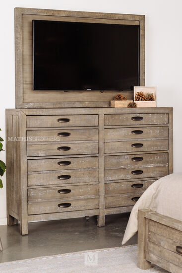 "45"" Solid Pine Eight-Drawer Dresser in River Rock"