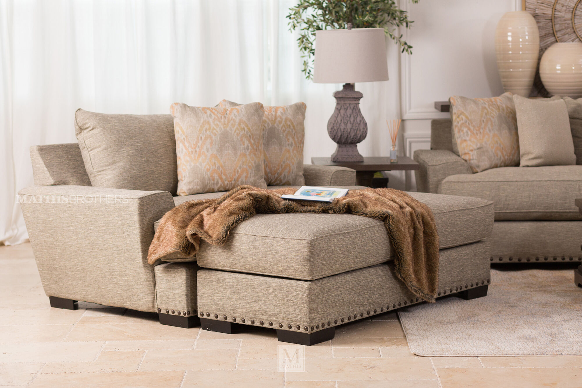 Nailhead Trim Casual Oversized Chair In Brown Mathis Brothers