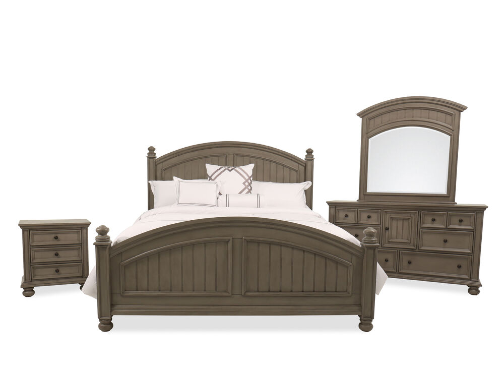 Four-Piece Casual Bed Set in Khaki Gray