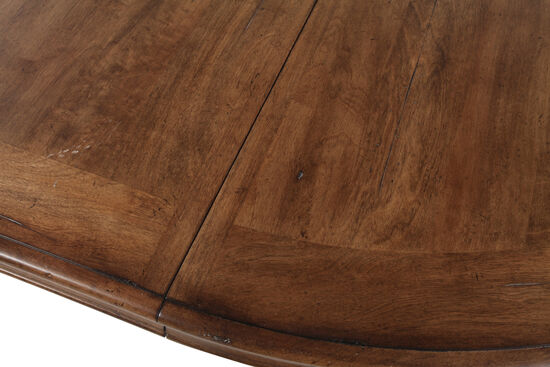 "Traditional 54"" to 72"" Round Dining Table in Toffee"