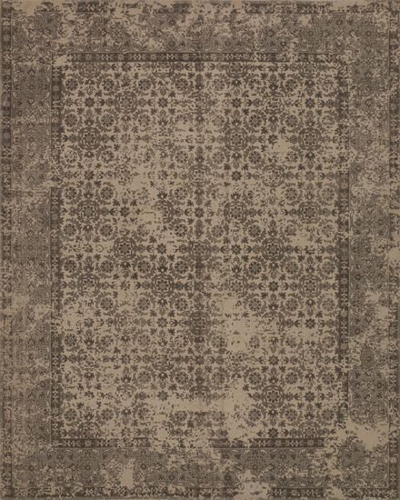 "Traditional 2'-3""x3'-9"" Rug in Beige"