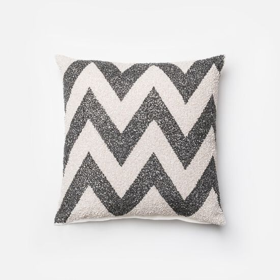 """Contemporary 18""""x18"""" Cover w/down pillow in Charcoal/White"""