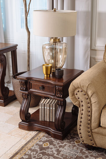 Square One-Drawer Traditional End Table in Walnut Brown