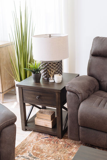 Casual End Table in Brown