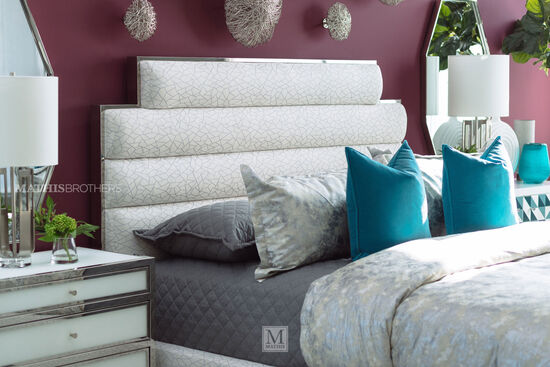 Contemporary Quilted California King Bed in White