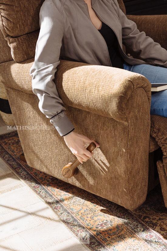 Pillow Top-Arm Casual Reclinerin Brown