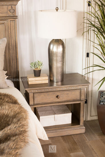 """28"""" Traditional Distressed One-Drawer Nightstandin Aged Oak"""