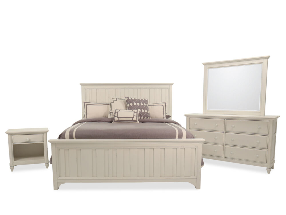 Four-Piece Casual Bedroom Set in Chalk
