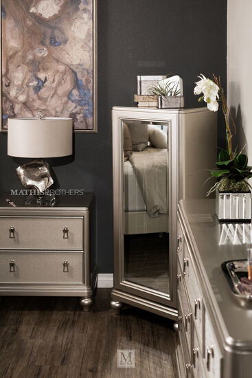 """57"""" Six-Drawer Transitional Swivel Chest and Mirrorin Platinum"""