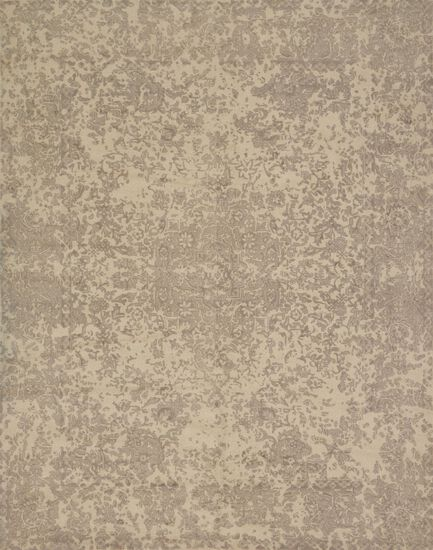 "Traditional 2'-6""x7'-6"" Rug in Ivory"
