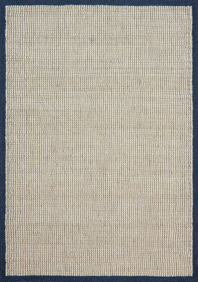 """Traditional 2'-3""""x3'-9"""" Rug in Navy"""