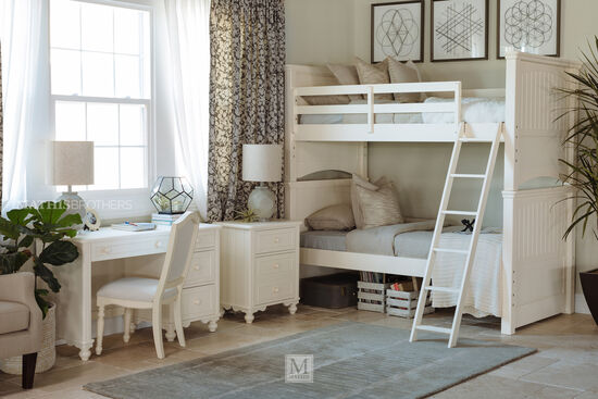 Transitional Youth Twin Over Twin Bunk Bed in White