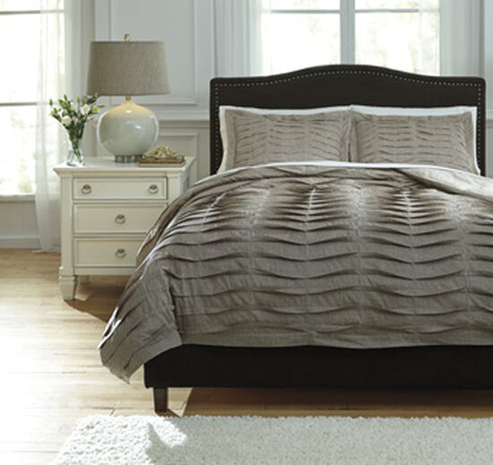 Three-Piece Pleated Queen Duvet Cover Set in Brown