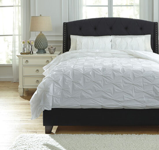 Three-Piece Quilted Queen Comforter Set in White