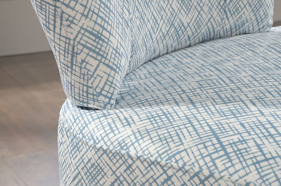 "Contemporary Thatch-Patterned 25"" Accent Chair in Blue"