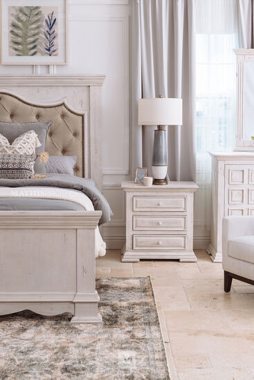 """29"""" Casual Three-Drawer Nightstand in White"""