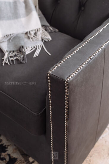 Leather Tufted Swivel Chair in Gray