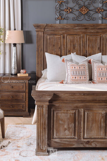 Four-Piece Traditional Bed Suite in Aged Pine