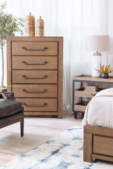 "55"" Casual Five-Drawer Chest in Oak"