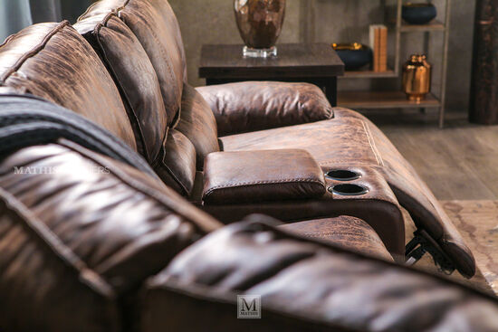 Six-Piece Traditional Reclining Sectional in Cognac