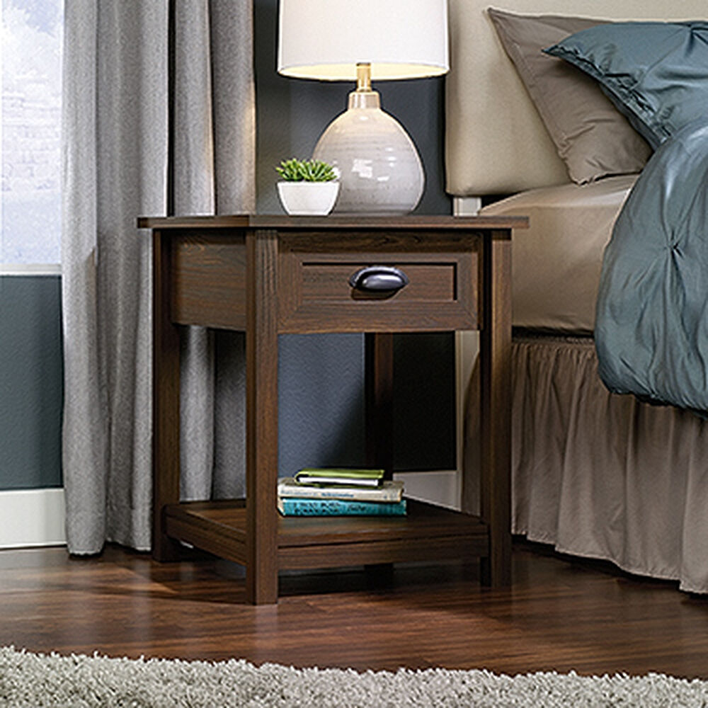 "24"" Traditional Nightstand in Rum Walnut"