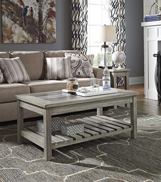Rectangular Casual Cocktail Table in Whitewash