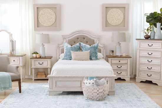 Traditional Youth Full Panel Bed in Chipped White