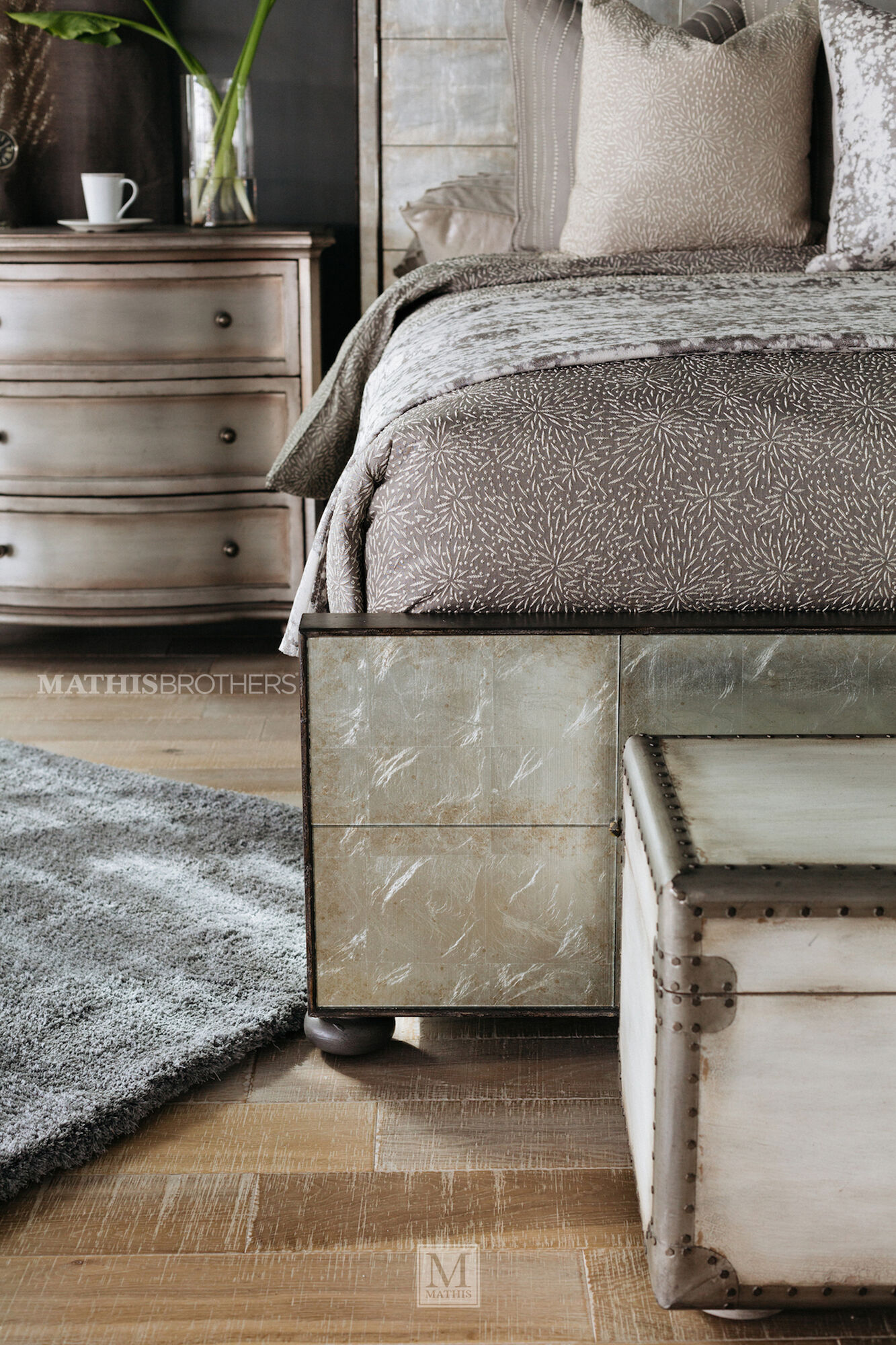 74 glam mirrored arch panel bed