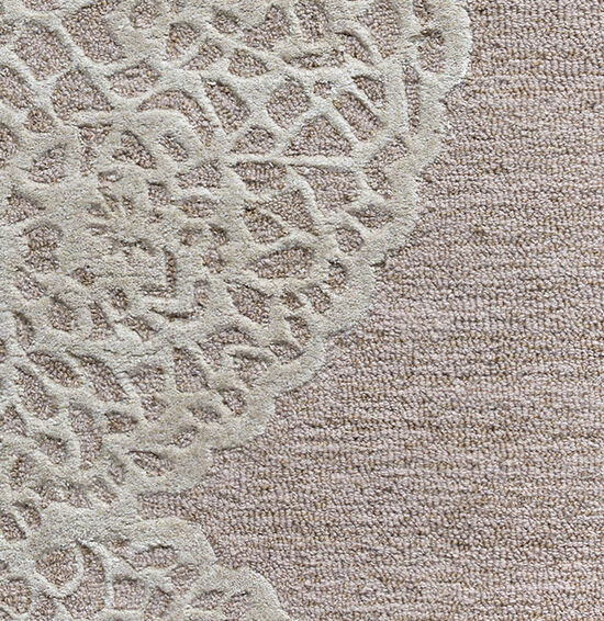 Transitional Hand-Tufted 5'  x  8' Rectangle Rug in Taupe