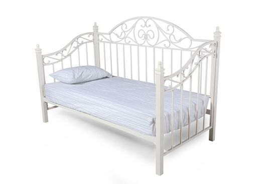 Casual Youth Scrolled Grill Daybed in White