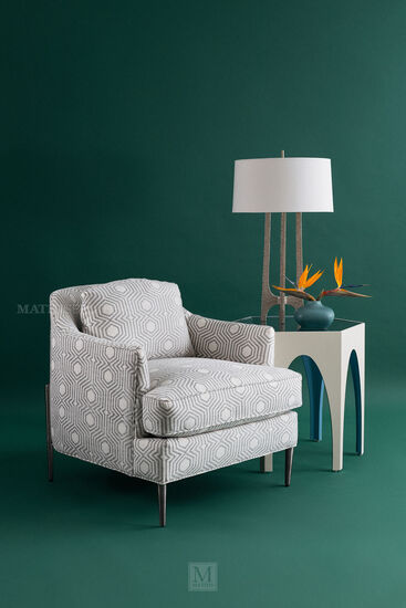 Contemporary Geometric Accent Chair in Pearl