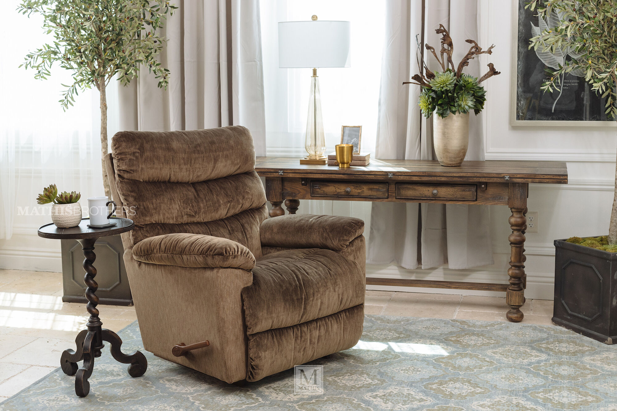 Casual 39 5 Rocker Recliner In Brown Mathis Brothers