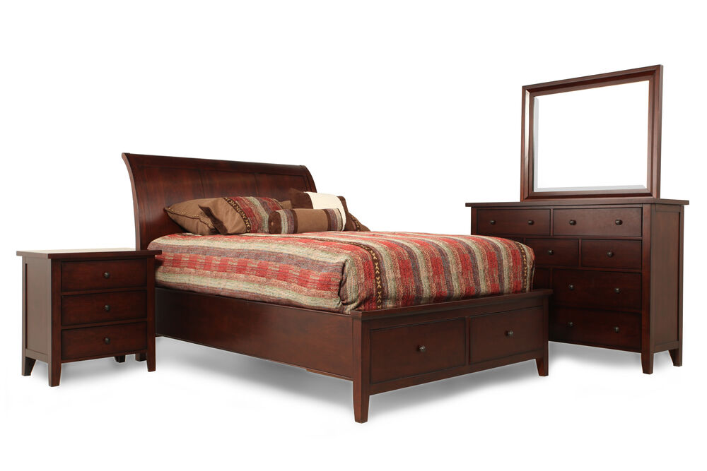Four-Piece Traditional Bedroom Set in Vintage Cherry