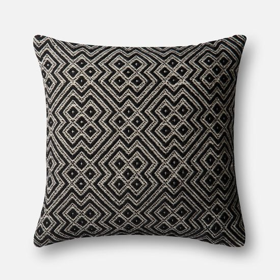 """Indoor/outdoor 22""""x22"""" Cover w/poly pillow in Black/White"""