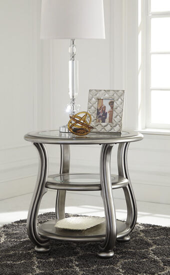 Round Traditional End Table in Silver