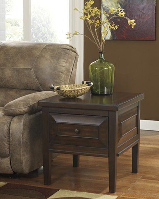 Casual One-Drawer End Table in Brown